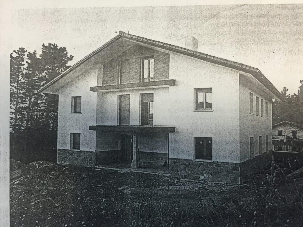 Imagen del chalé cuando empezó a construirse la década pasada.